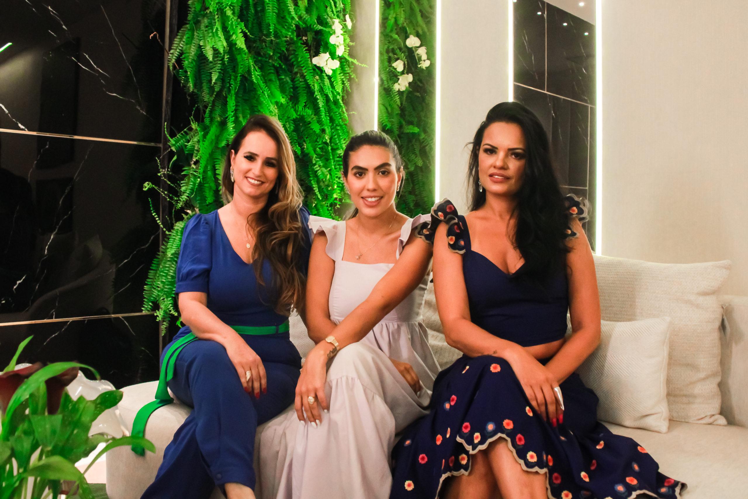 As anfitriãs Emília Motta, Gisele Carvalho e Ana Carolina Naciff